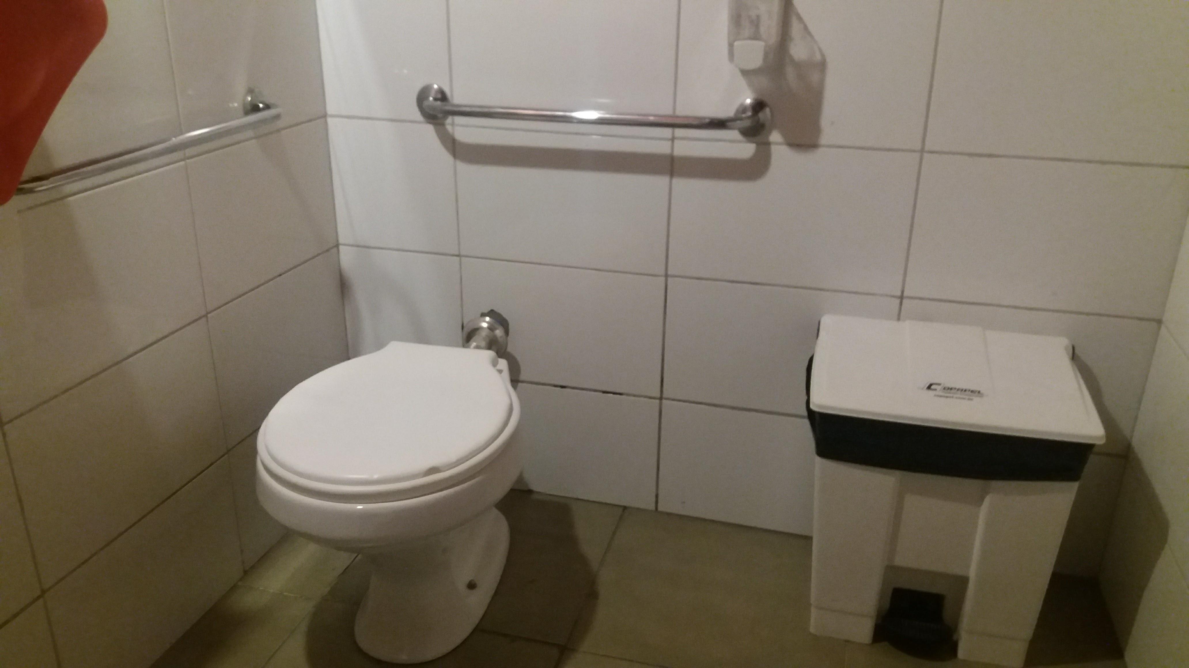floripa-acessível-banheiro-chopp-do-gus